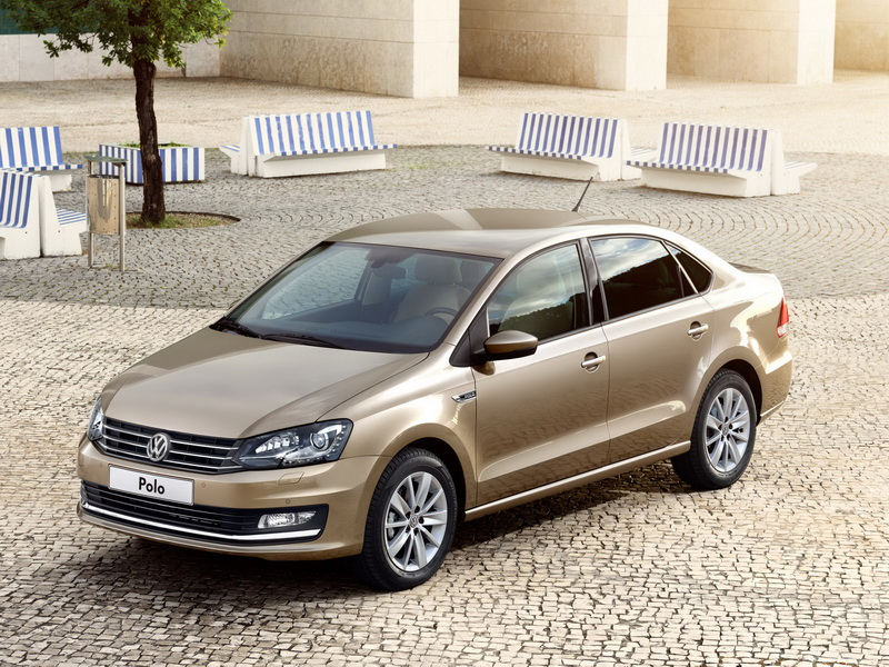 volkswagen-polo-sedan-2015-9
